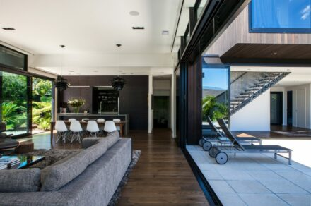 Gallery Masonry With Space