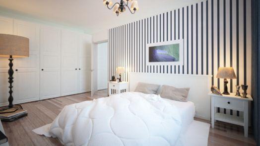 интерьер спальни в полоску