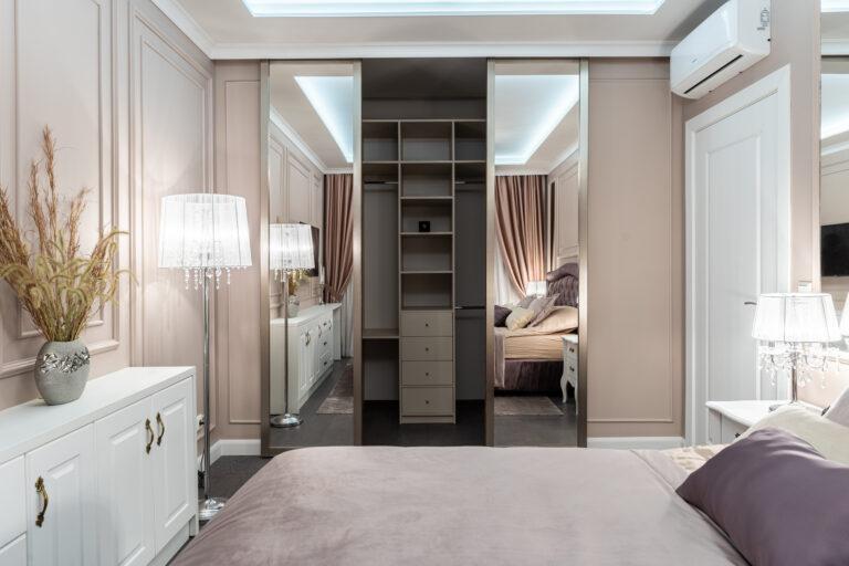 Дизайн гардеробной в спальни