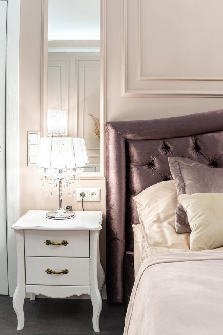 Зеркала в спальне
